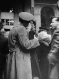 Soldier Saying Farewell to His Lady Friend at Penn Station Photographic Print by Alfred Eisenstaedt