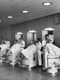 Barber Shop for Los Alamos Residents Premium fotoprint van Alfred Eisenstaedt