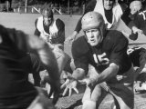 Quarterback Bob Blaik, Spinning in an Intramural Scrimmage after Handing the Ball Off Premium fotografisk trykk