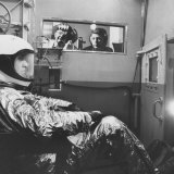 Col. John P. Stapp Watching a Subject in the Altitude Chamber Fotodruck