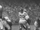 Ny Giants Player Sam Huff During Game Against the Cardinals Premium Photographic Print