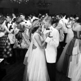 Students Dancing at the Mariemont High School Prom Photographic Print