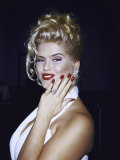Model Anna Nicole Smith Showing Off Her Engagement Ring Premium Photographic Print by Kevin Winter
