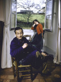 Portrait of Painter Balthus and His Niece Frederique Tison at the Chateau De Chassy Kunst på metal af Loomis Dean