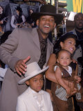 "Actor Will Smith with Wife Jada Pinkett-Smith and Sons at Film Premiere for ""Wild Wild West"" Premium Photographic Print by Mirek Towski"