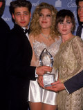 Actors Jason Priestley, Tori Spelling and Shannen Doherty at the People's Choice Awards Premium Photographic Print by David Mcgough