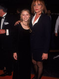 Actress Kirsten Dunst and Mother Inez at Cable Ace Awards Reproduction photographique sur papier de qualité par Mirek Towski