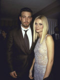 Actors Ben Affleck and Gwyneth Paltrow at Film Premiere of their &quot;Shakespeare in Love&quot; Premium Photographic Print by Dave Allocca