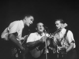 The Kingston Trio Dave Guard, Nick Reynolds, and Bob Shane During a Concert Premium Photographic Print by Alfred Eisenstaedt