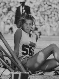 Runner Gunhild Larking Relaxing at the Olympics Reproduction photographique Premium