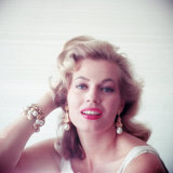 Portrait of Swedish-Born Actress Anita Ekberg with Ornate Bracelet and Earrings Reproduction photographique sur papier de qualité par Allan Grant