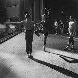 "Ballerina Maria Tallchief Rehearsing ""Swan Lake"" with Andre Eglevsky Premium Photographic Print by Ed Clark"
