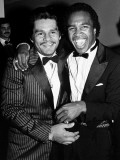 Boxing Greats Roberto Duran and Sugar Ray Leonard at 20th Anniversary of World Boxing Council Premium Photographic Print by David Mcgough