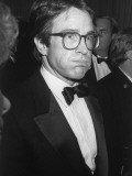 Actor Warren Beatty While Attending Fundraiser for Walter Mondale at the Beverly Hilton Hotel Premium Photographic Print by Kevin Winter