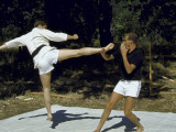 King Constantine of Greece Practicing Karate with Prince Juan Carlos of Spain Reproduction photographique sur papier de qualit&#233; par David Lees