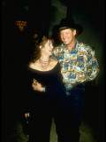 Actor Bruce Boxleitner with Arm around Actress Wife Melissa Gilbert Premium-Fotodruck von Kevin Winter