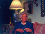 Barbara Bush Speaking at Interview with Time Columnist Margaret Carlson Premium Photographic Print by Ted Thai