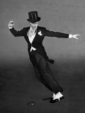 "Fred Astaire in Top Hat, Tails and Spats, Dancing ""Puttin' on the Ritz"" for ""Blue Skies"" Premium Photographic Print by Bob Landry"