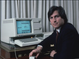 Apple Computer Chrmn. Steve Jobs with New Lisa Computer During Press Preview Premium Photographic Print by Ted Thai