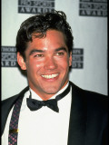 Actor Dean Cain Wearing Tuxedo at Jim Thorpe Pro-Sports Awards Premium-Fotodruck von Kevin Winter