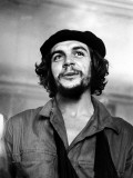 "Cuban Rebel Ernesto ""Che"" Guevara with His Left Arm in a Sling Premium Photographic Print by Joseph Scherschel"