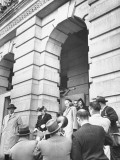Mrs. Harry Truman and Daughter Margaret Leaving the US Capitol and Being Surrounded Premium Photographic Print