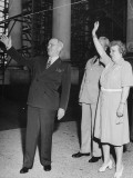 President Harry S. Truman Waving to Entering Crowds at the White House Premium Photographic Print