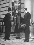 Eleanor Roosevelt Chatting with a Police Constable of the Metropolitan Police Premium Photographic Print