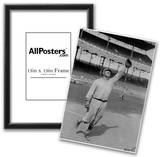 Jim Thorpe Reaching to Make a Catch for the New York Giants Archival Photo Poster Print Photo