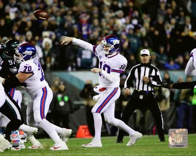 NFL: Eli Manning 2016 Action Photo