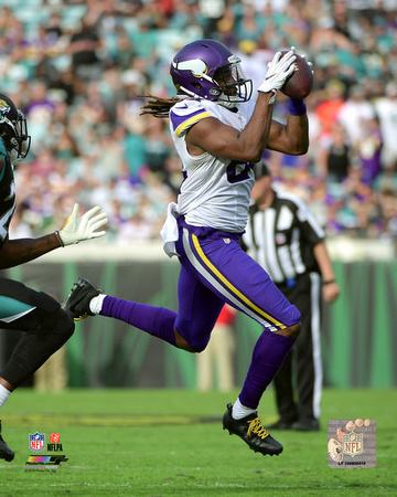 NFL: Cordarrelle Patterson 2016 Action Photo
