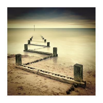 Beach Memories Giclee Print by Michael Oates
