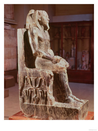 Statue of Khafre (2520-2494 BC) Enthroned, from the Valley Temple of the Pyramid of Khafre at Giza Giclee Print