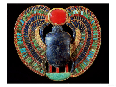Scarab Pectoral, from the Tomb of Tutankhamun, in the Valley of the Kings at Thebes, c. 1361-52 BC Premium Giclee Print