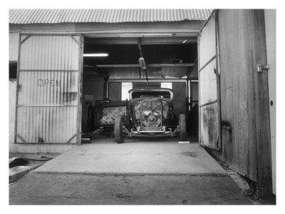 Rat Rod, Work Shop Garage Giclee Print by David Perry