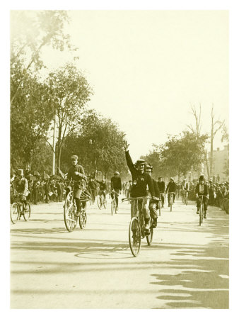 Bicycle Race Parade Giclee Print