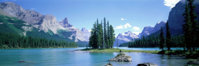 Maligne Lake Near Jasper, Alberta, Canada Photographic Print by  Panoramic Images