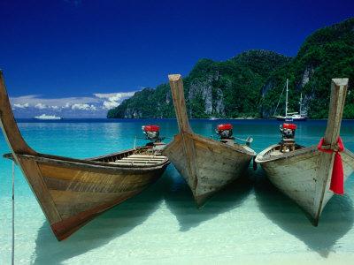 Longtail Boats at Ao Lo Dalam, Ko Phi-Phi Don, Krabi, Thailand Photographic Print by Dallas Stribley
