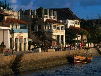 Buildings on Waterfront, Lamu, Kenya Photographic Print by Ariadne Van Zandbergen