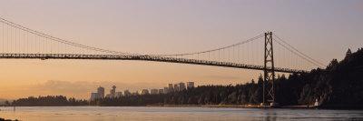 Bridge at Dawn, Lions Gate Bridge, Vancouver, British Columbia, Canada Photographic Print by  Panoramic Images