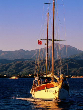 Yacht Cruising with Sails Down, Fethiye, Mugla, Turkey Fotografiskt tryck