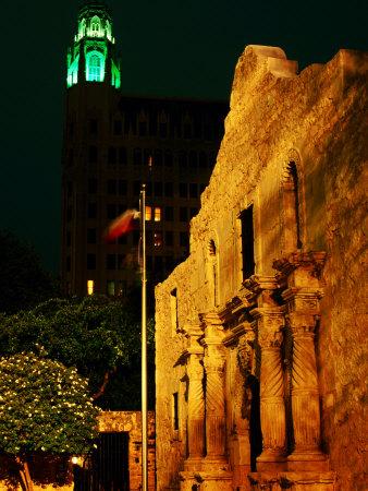 The Alamo, San Antonio, Texas Photographic Print by Holger Leue