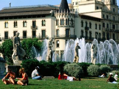 People Relaxing in Plaza de Catalunya, Barcelona, Catalonia, Spain Photographic Print by John Elk III