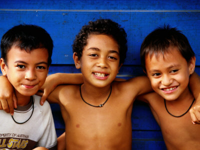 Three Young Boys, Upolu, Samoa Photographic Print by Peter Hendrie