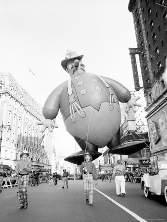 Thanksgiving Day Parade, New York, New York, c.1948 Photographic Print by John Rooney