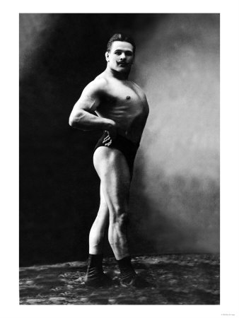 Bodybuilder's Shadowed Front and Right Profile Art