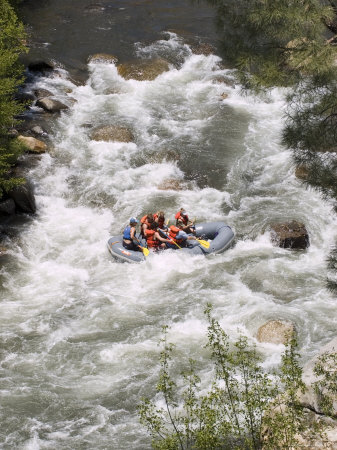 Rafting on the Upper Kern River, Sequoia National Forest, California Photographic Print by Rich Reid
