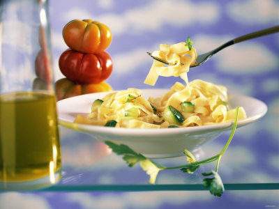 Ribbon Pasta with Courgettes Fotografisk tryk af Ulrike Koeb