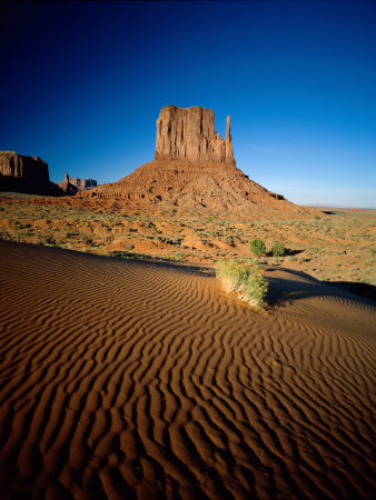 Monument Valley and Sand Dunes, Arizona, USA Photographie