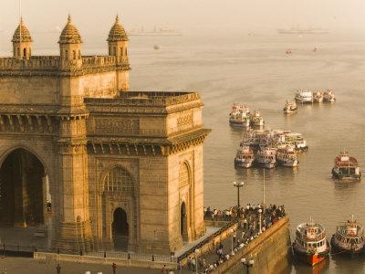 Gateway of India, Mumbai, India Photographic Print by Walter Bibikow